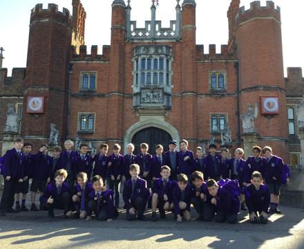 Hampton Court2