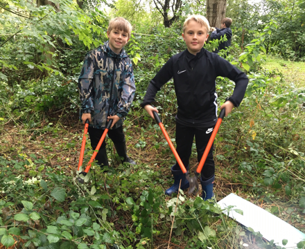 Forest school large cutters